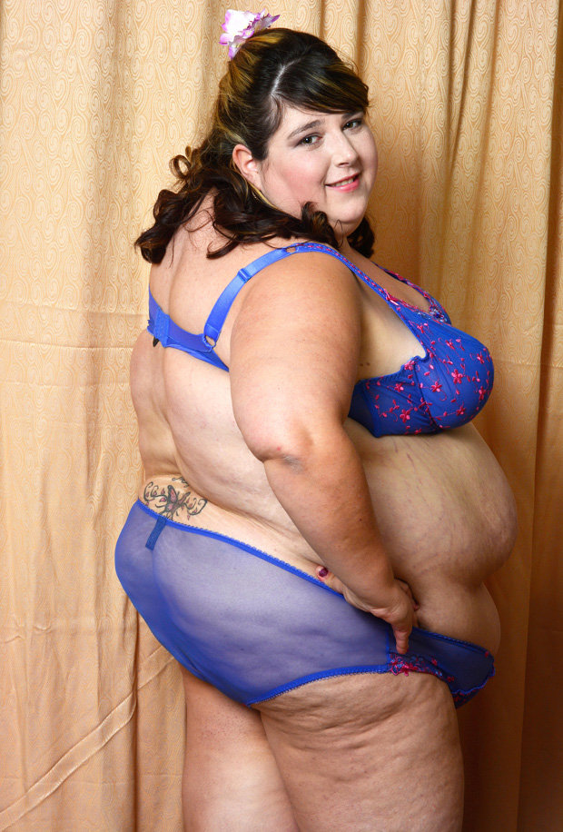 Fat woman full naked