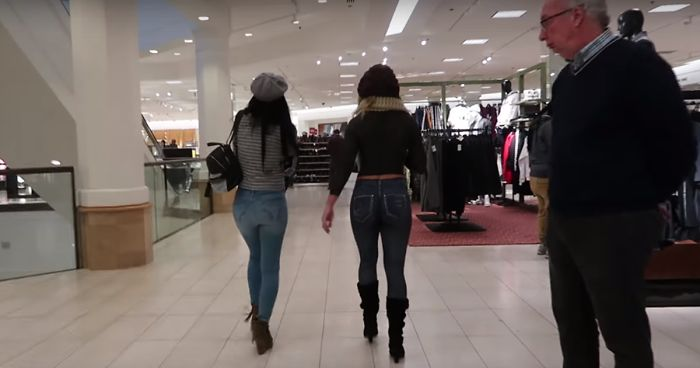 Young teen mall naked