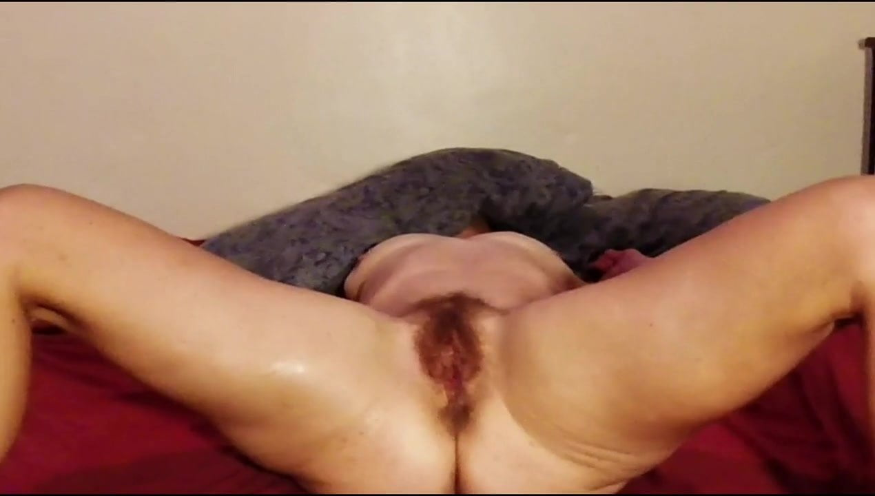 Hairy mature wife seconds